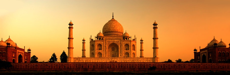 taj mahal in india during a beautiful sunset