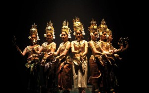 ballet-royal-du-cambodge-lpqw